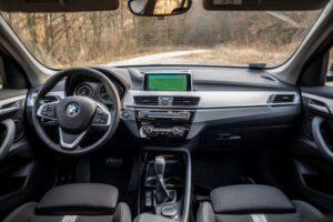Read more about the article Mindegy, melyik kerék – BMW X1 sDrive 18d teszt