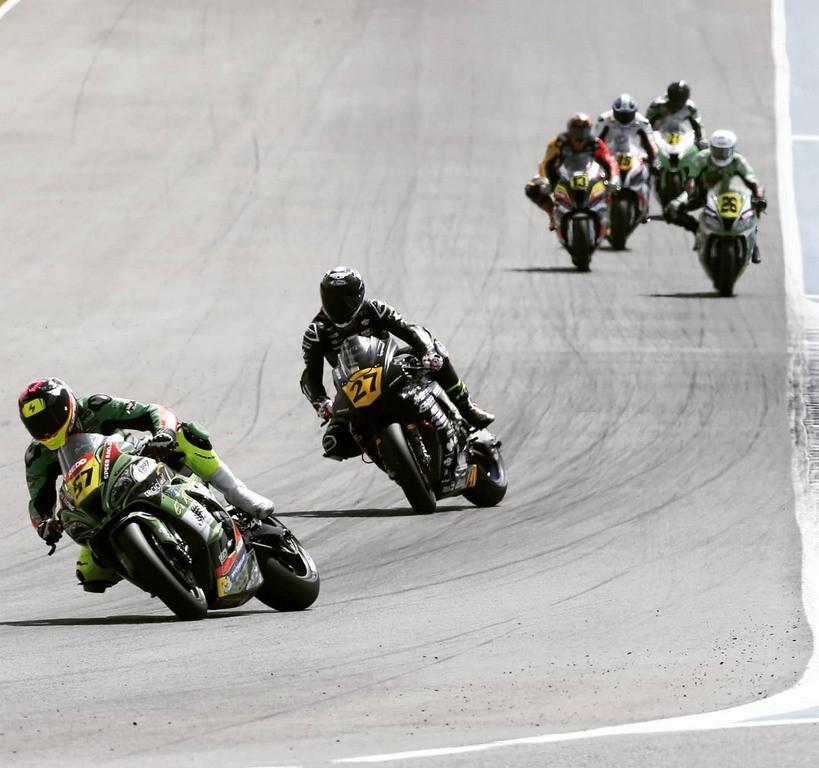 Kovács Bálint dupla győzelmet aratott a Spanyol Superbike Bajnokság jerezi nyitófordulójában